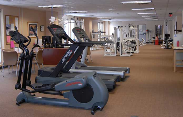 the west gum is another long room with exercise equipment lined up down one side
