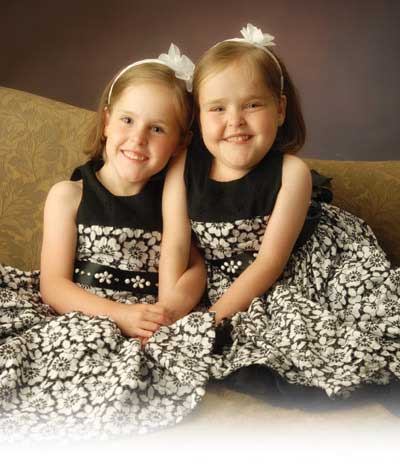 separated twins Melea and Kendra